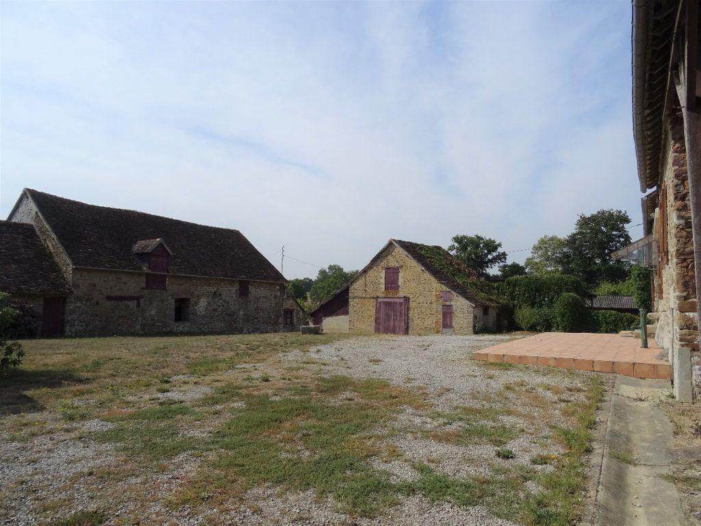 Maison à vendre 5 110m2 à La Ferrière-Bochard vignette-2