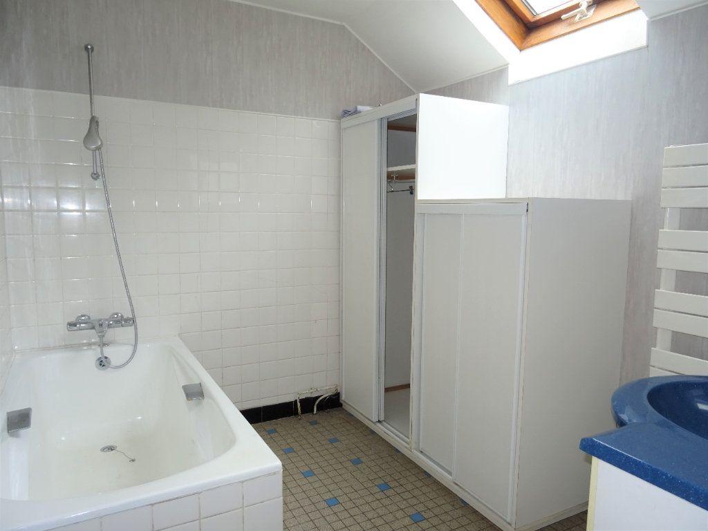 Maison à vendre 5 110m2 à La Ferrière-Bochard vignette-12
