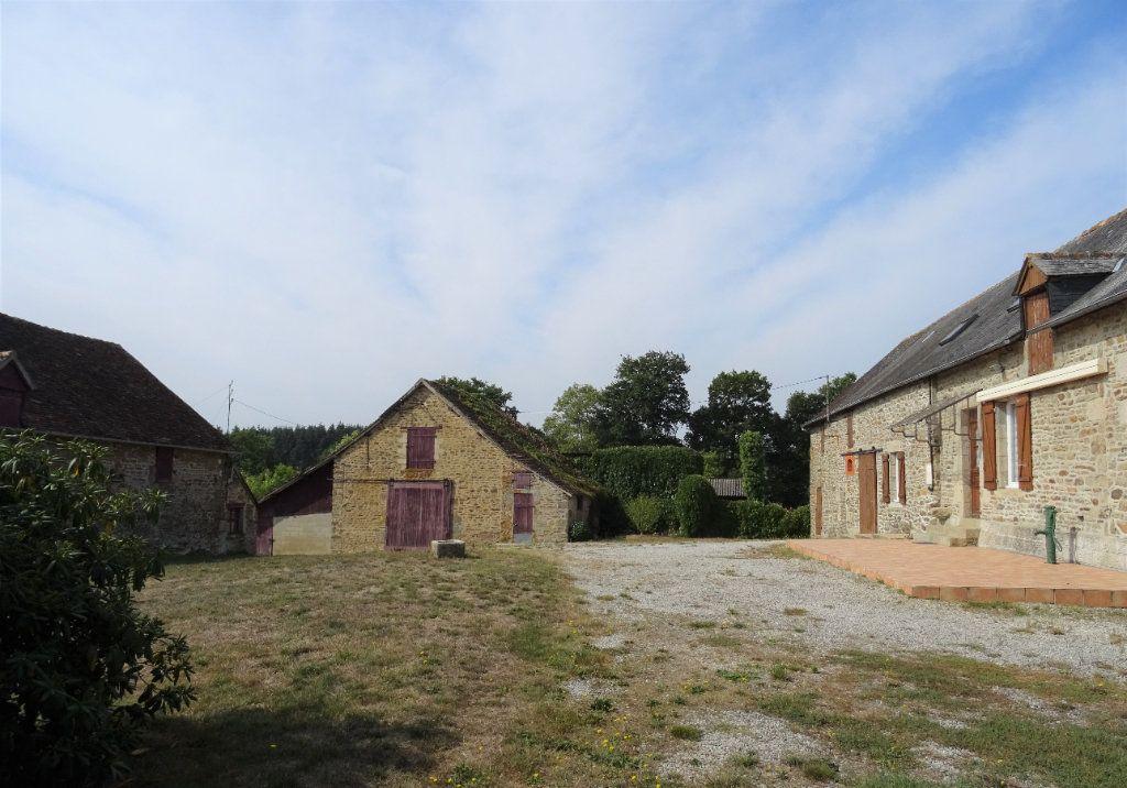 Maison à vendre 5 110m2 à La Ferrière-Bochard vignette-14