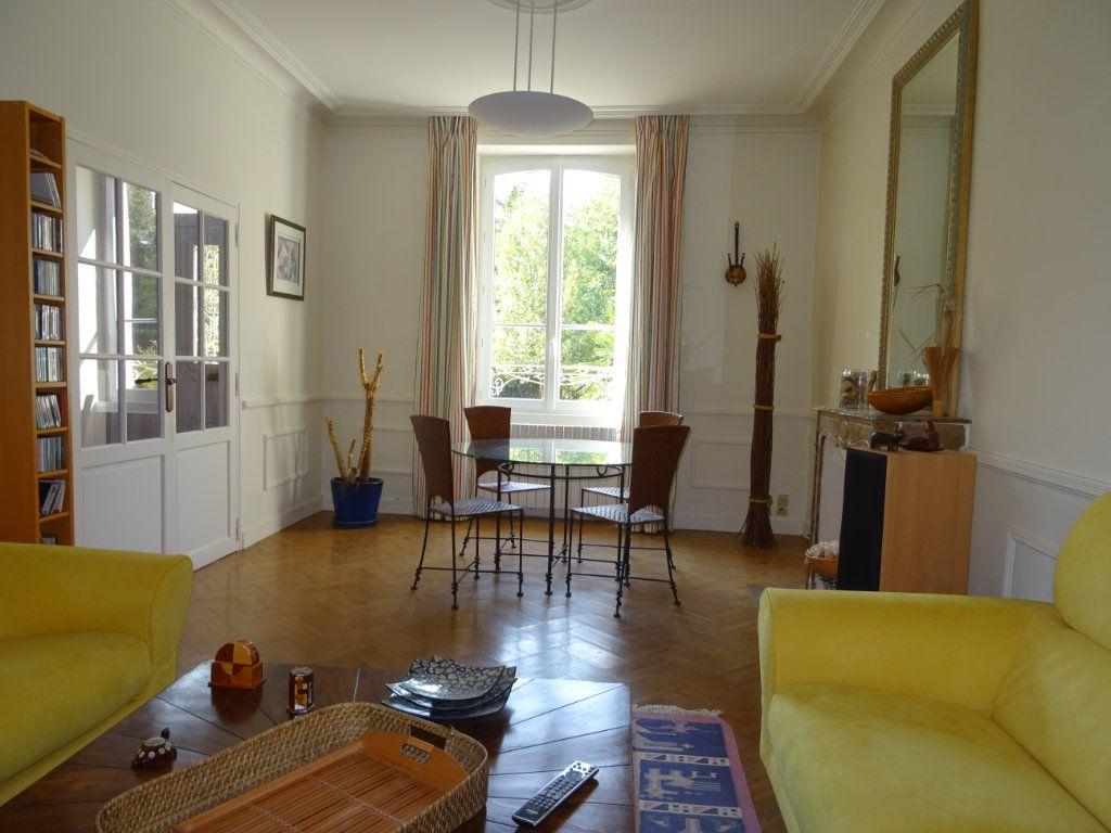 Maison à vendre 7 160m2 à Oisseau-le-Petit vignette-2