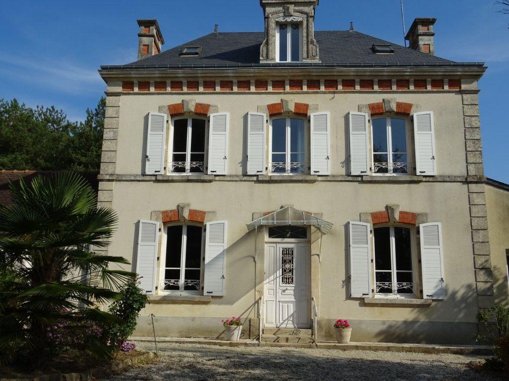 Maison à vendre 7 160m2 à Oisseau-le-Petit vignette-12