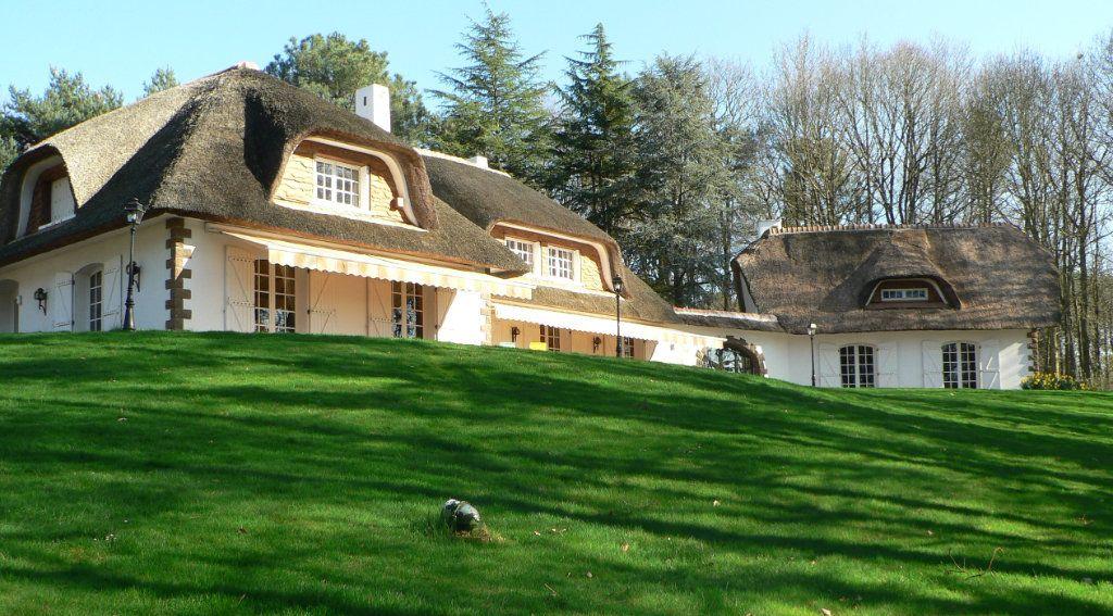 Maison à vendre 14 500m2 à Oisseau-le-Petit vignette-1