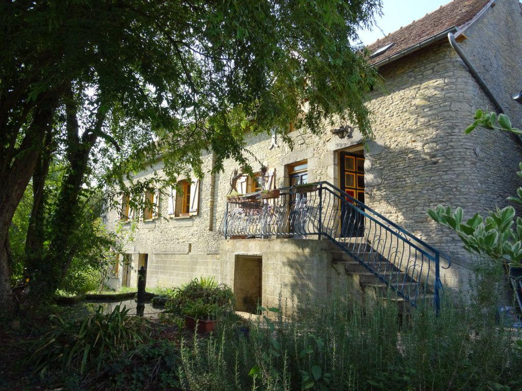 Maison à vendre 4 90m2 à Saint-Germain-du-Corbéis vignette-3