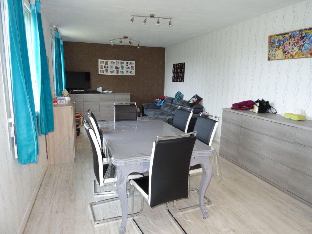 Maison à vendre 4 85m2 à Saint-Paterne vignette-3