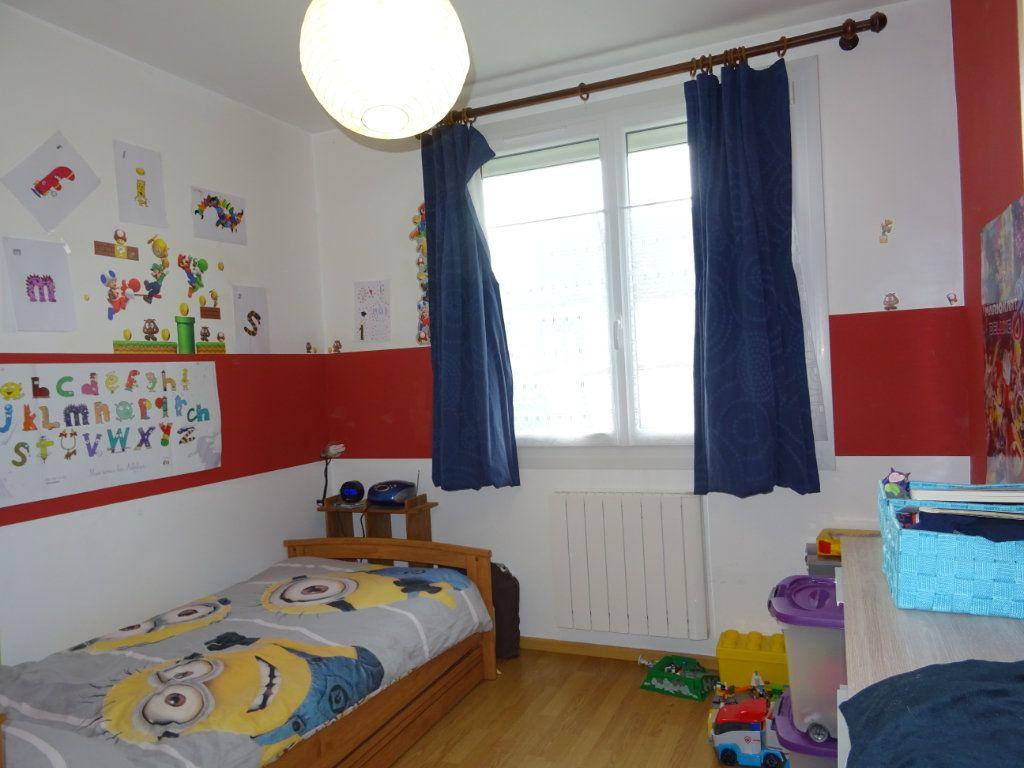 Maison à vendre 4 85m2 à Saint-Paterne vignette-5