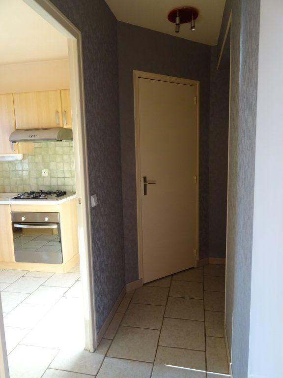 Appartement à louer 1 32.17m2 à Margon vignette-2