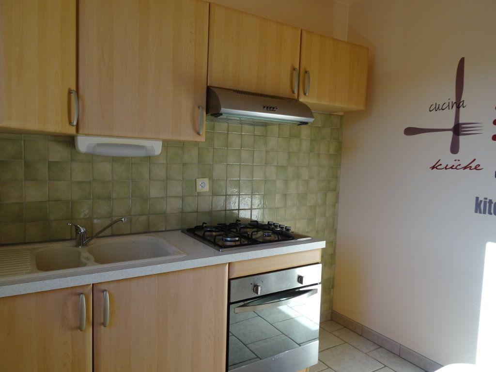 Appartement à louer 1 32.17m2 à Margon vignette-3