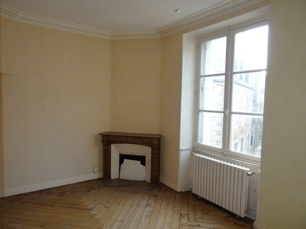 Appartement à vendre 5 118m2 à Alençon vignette-2