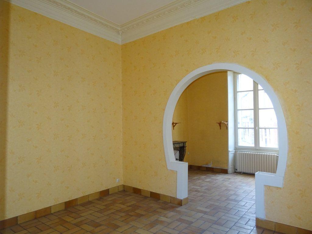 Appartement à vendre 5 118m2 à Alençon vignette-4