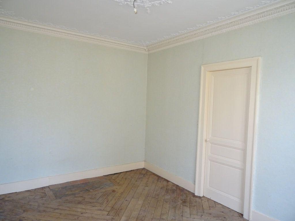 Appartement à vendre 5 118m2 à Alençon vignette-6