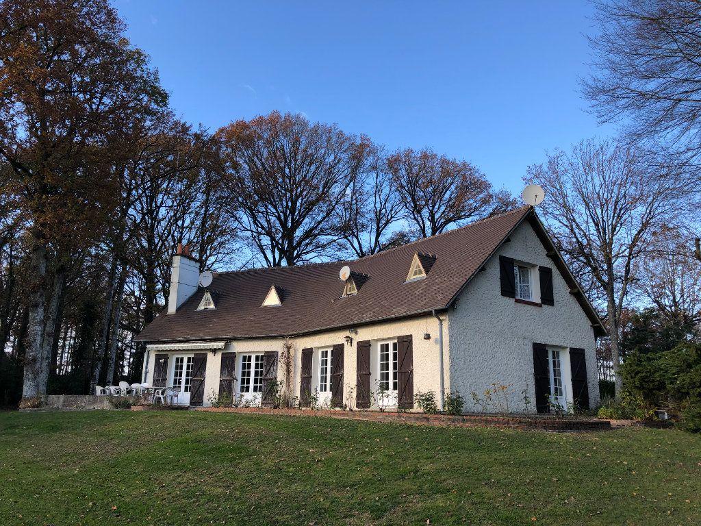 Maison à vendre 9 174m2 à Nogent-le-Rotrou vignette-1