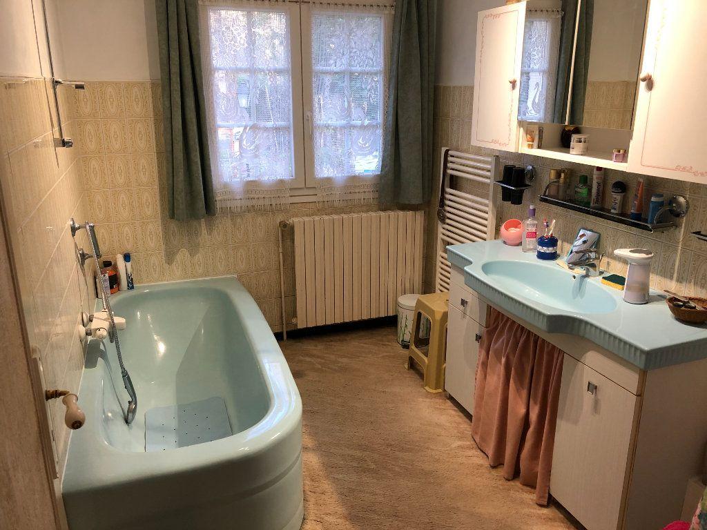 Maison à vendre 9 174m2 à Nogent-le-Rotrou vignette-9
