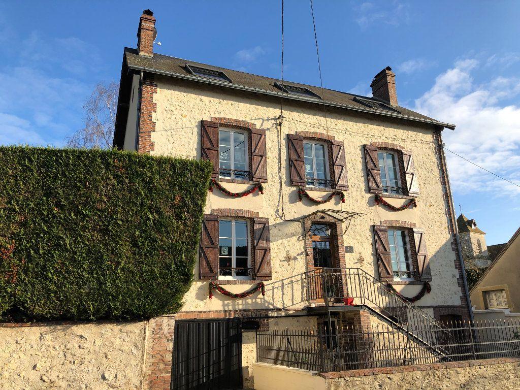 Maison à vendre 7 155m2 à Nogent-le-Rotrou vignette-1