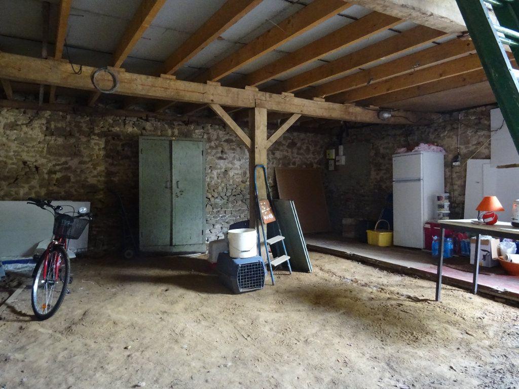 Maison à vendre 6 120m2 à La Ferrière-Bochard vignette-8