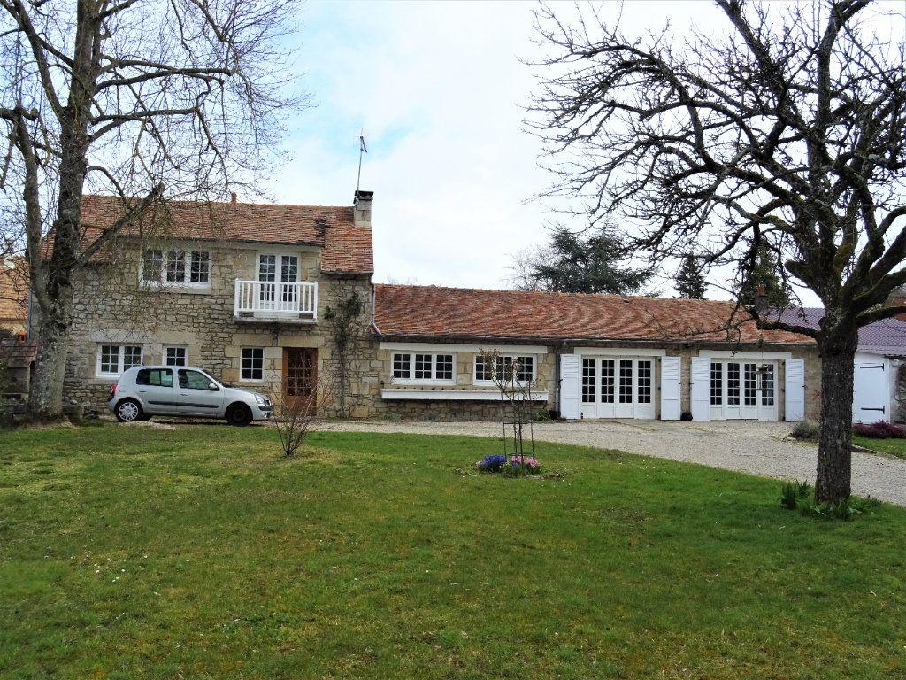 Maison à vendre 6 115m2 à Condé-sur-Sarthe vignette-1