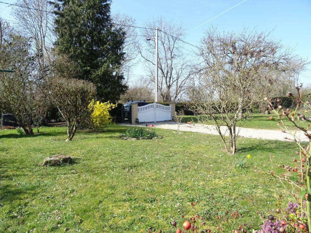 Maison à vendre 6 115m2 à Condé-sur-Sarthe vignette-2