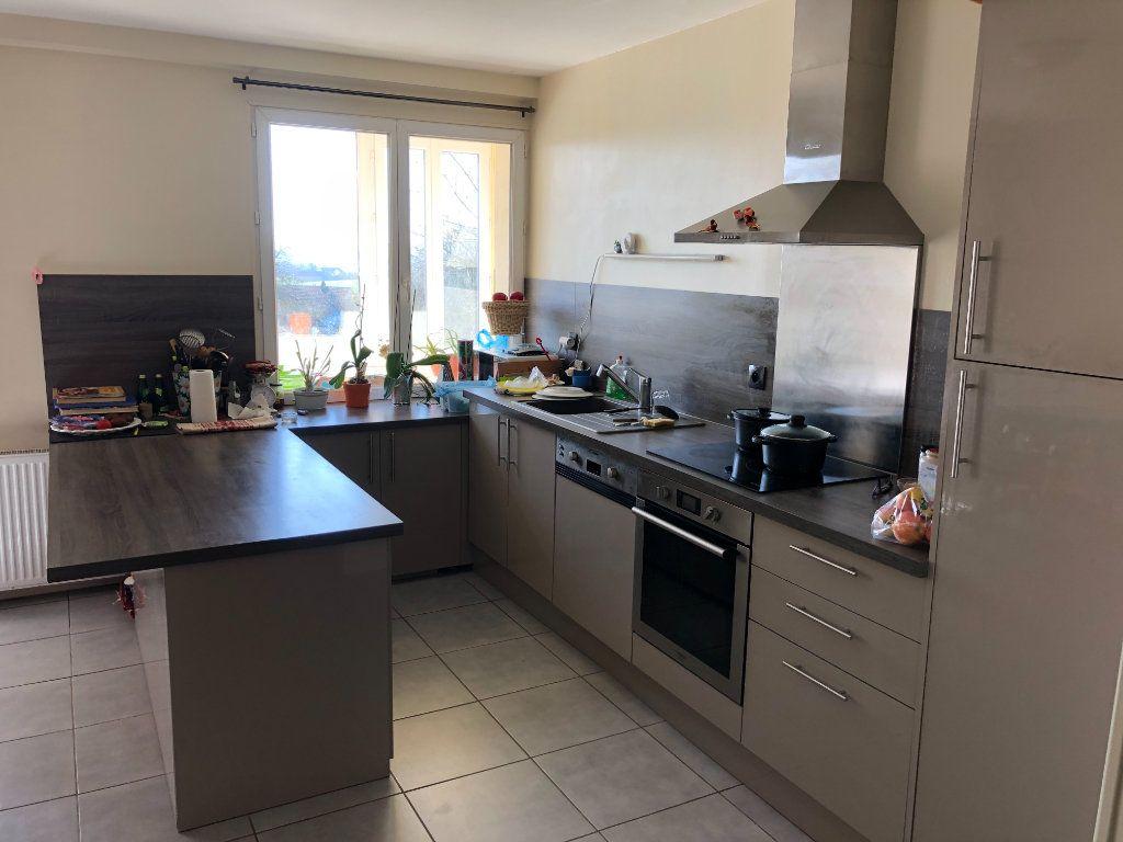 Maison à vendre 6 161m2 à Nogent-le-Rotrou vignette-4