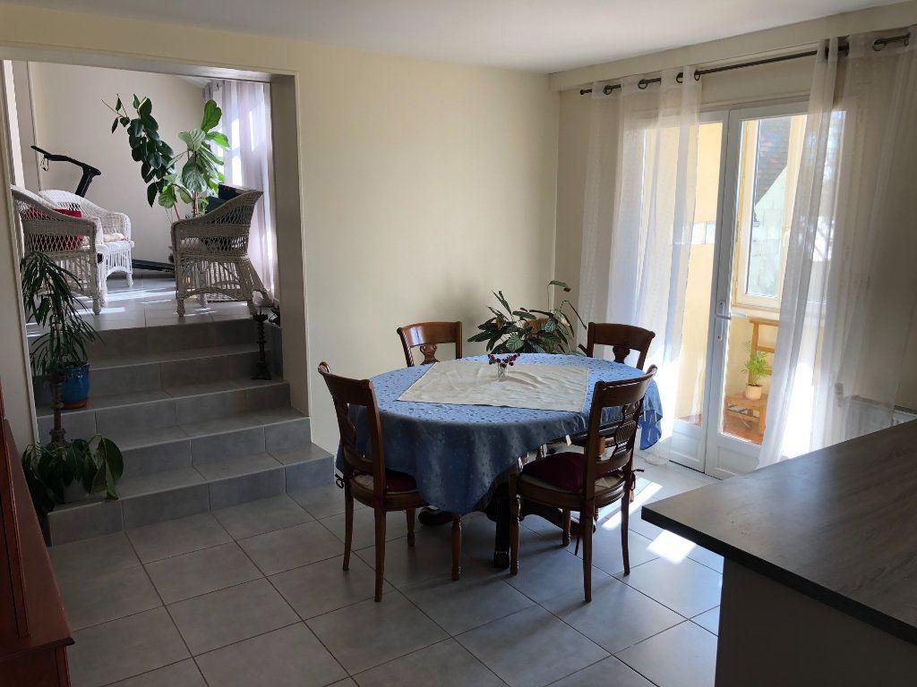Maison à vendre 6 161m2 à Nogent-le-Rotrou vignette-10