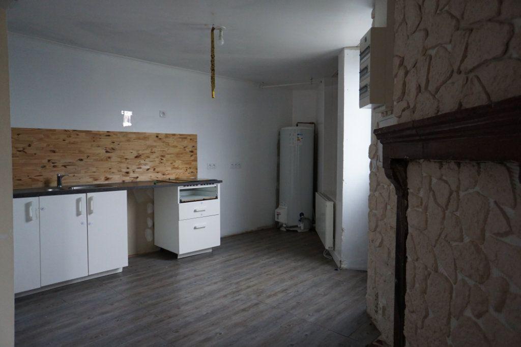 Maison à vendre 5 103m2 à Ancinnes vignette-3