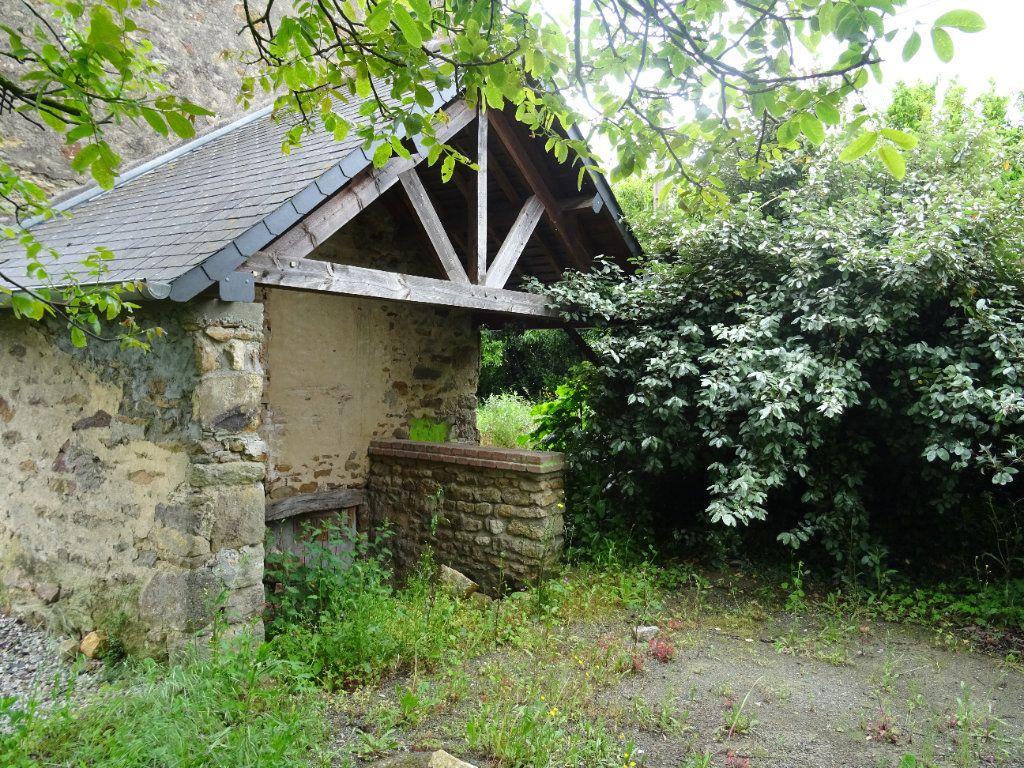 Maison à vendre 4 75m2 à Sougé-le-Ganelon vignette-4