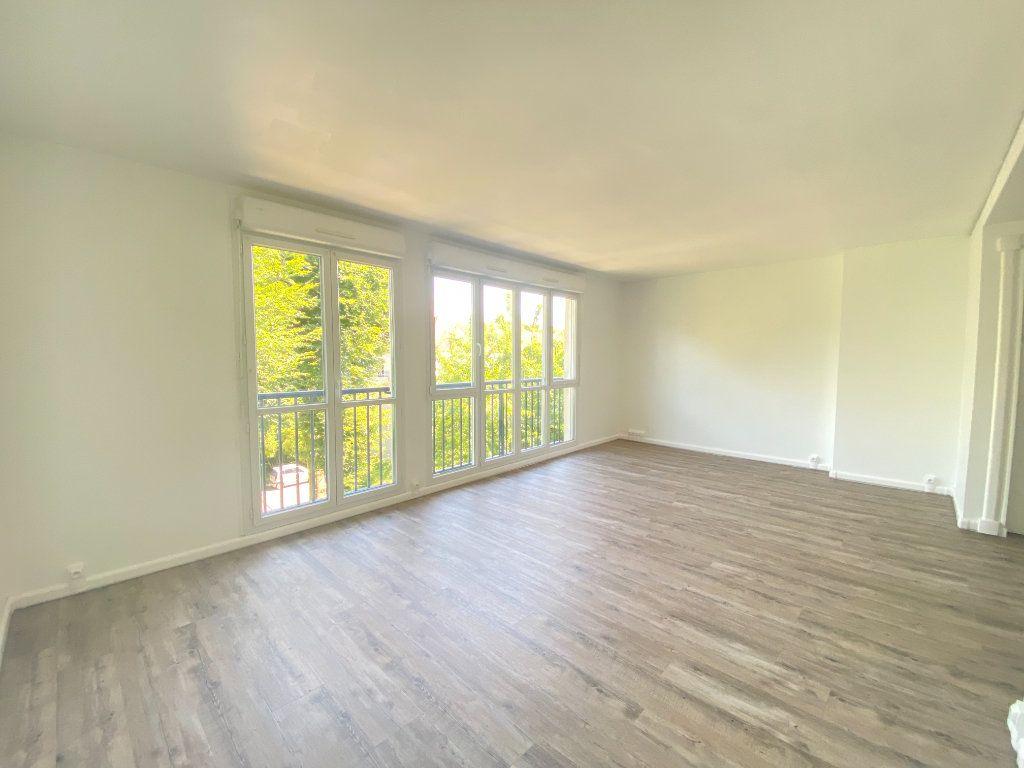 Appartement à louer 3 61.61m2 à Alençon vignette-2