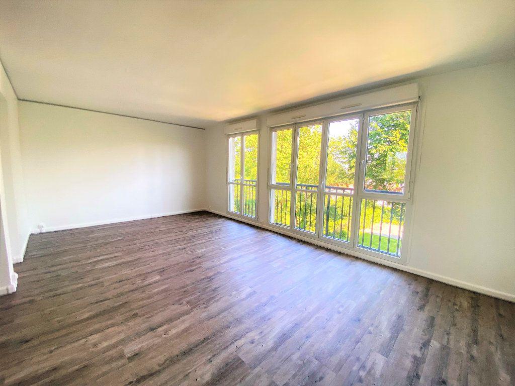 Appartement à louer 3 61.61m2 à Alençon vignette-3