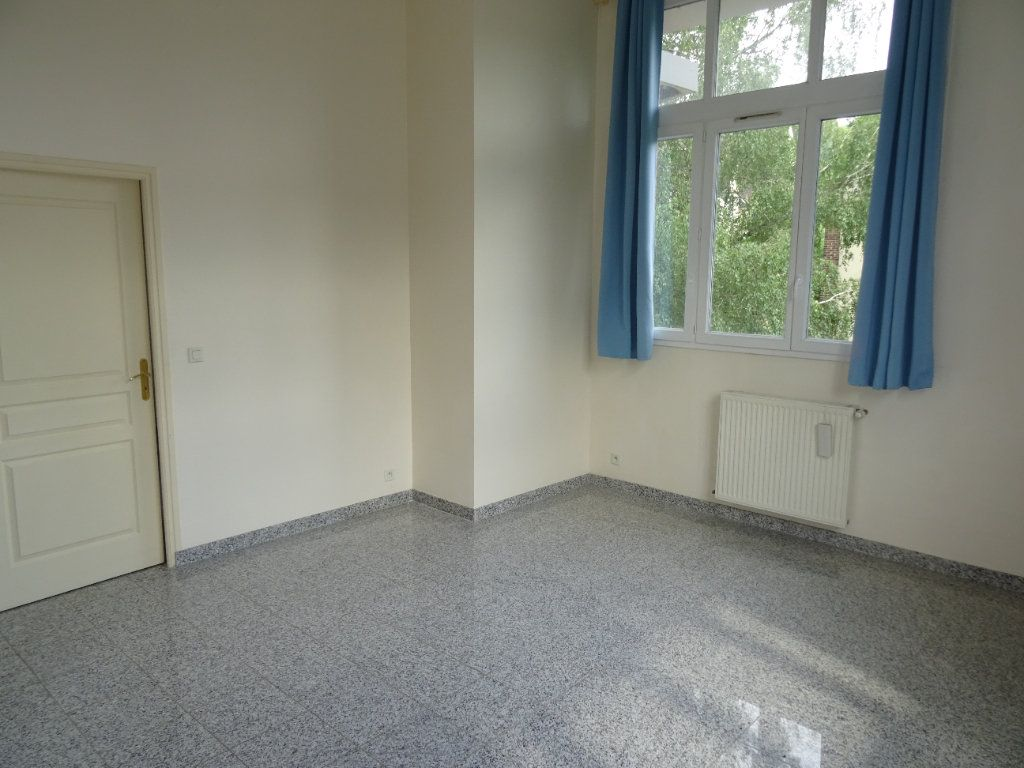 Appartement à louer 2 50.45m2 à Nogent-le-Rotrou vignette-7