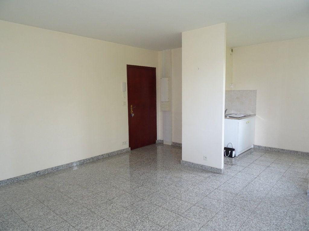 Appartement à louer 2 42.7m2 à Nogent-le-Rotrou vignette-1