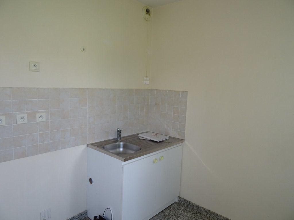 Appartement à louer 2 42.7m2 à Nogent-le-Rotrou vignette-5