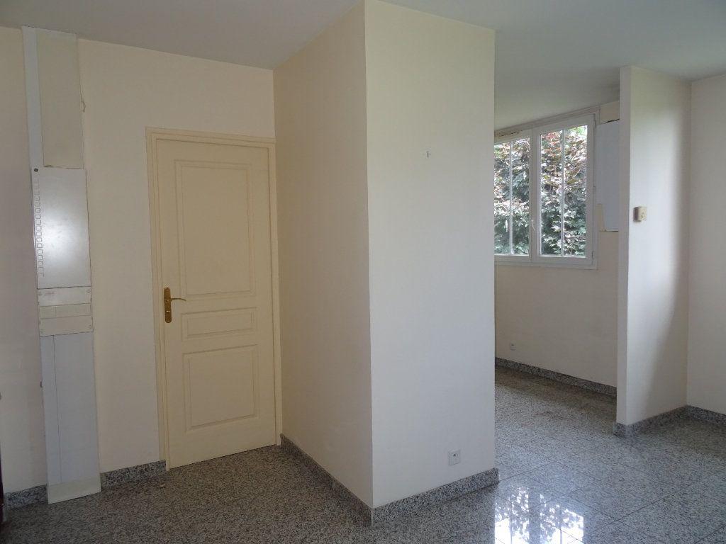 Appartement à louer 2 42.7m2 à Nogent-le-Rotrou vignette-6