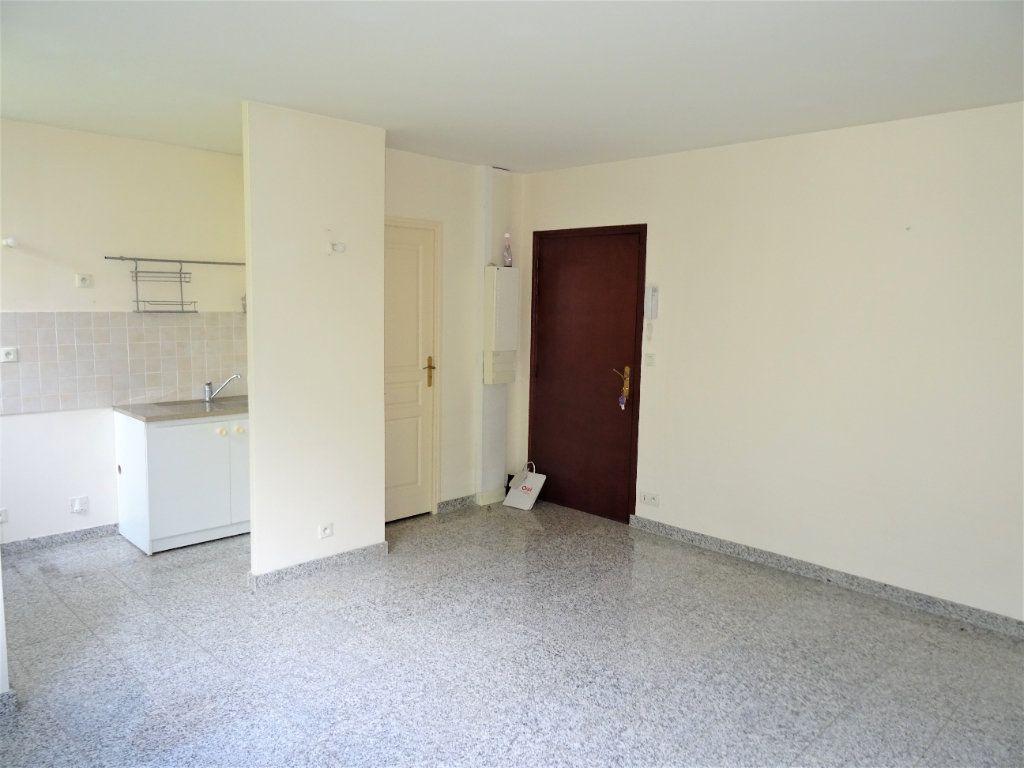 Appartement à louer 2 39.65m2 à Nogent-le-Rotrou vignette-2