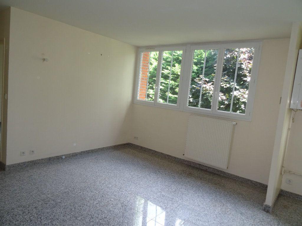 Appartement à louer 2 39.65m2 à Nogent-le-Rotrou vignette-3