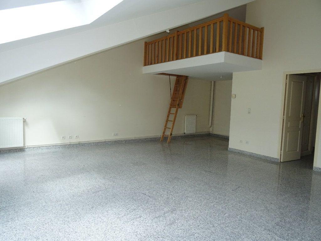 Appartement à louer 4 75.5m2 à Nogent-le-Rotrou vignette-8