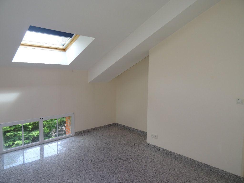 Appartement à louer 4 75.5m2 à Nogent-le-Rotrou vignette-10