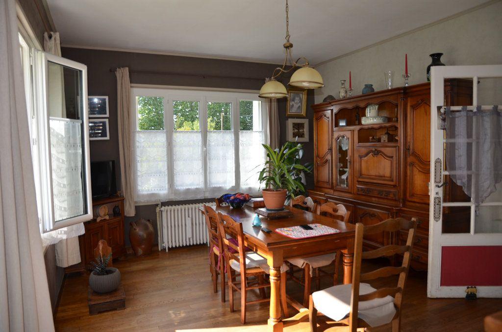 Maison à vendre 8 140m2 à Mortagne-au-Perche vignette-3