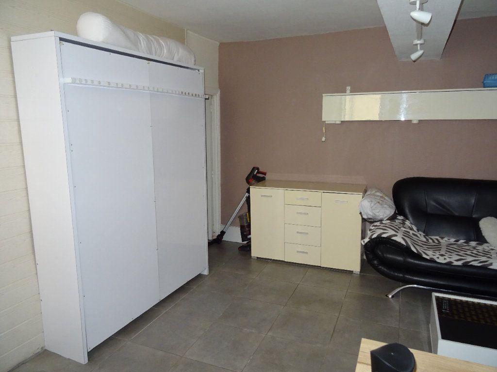 Appartement à louer 1 29.88m2 à Nogent-le-Rotrou vignette-4