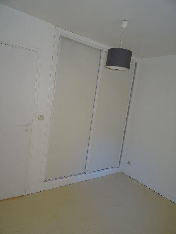 Appartement à louer 4 68m2 à Nogent-le-Rotrou vignette-9