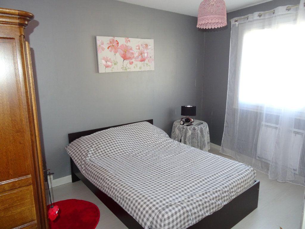 Appartement à louer 3 71m2 à Nogent-le-Rotrou vignette-4