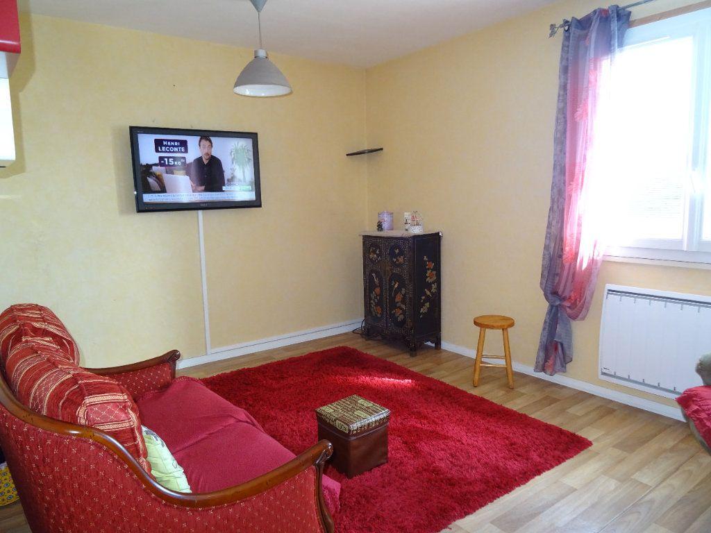 Appartement à louer 3 71m2 à Nogent-le-Rotrou vignette-6