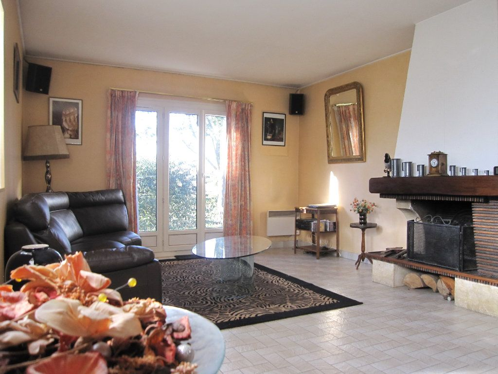 Maison à vendre 6 120m2 à La Frette-sur-Seine vignette-5