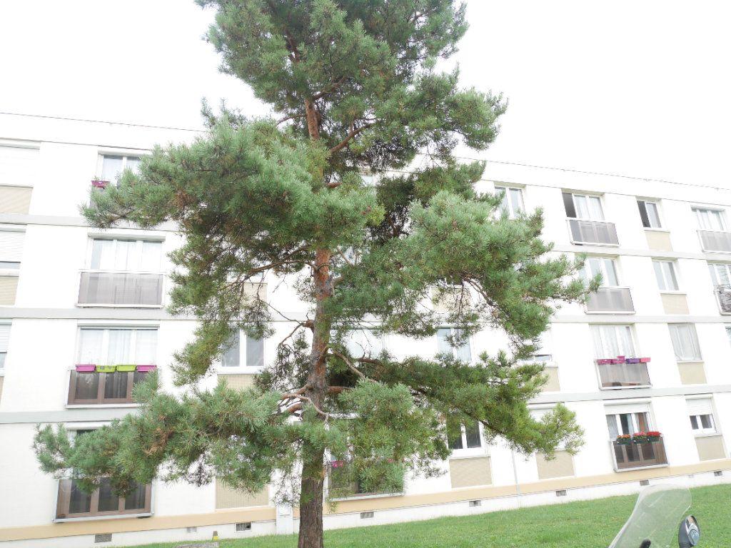 Appartement à vendre 3 56.28m2 à Herblay vignette-1