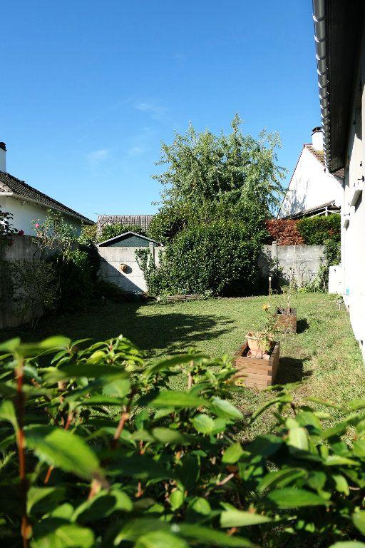 Maison à vendre 5 90.5m2 à La Frette-sur-Seine vignette-10