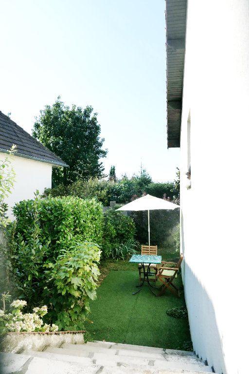 Maison à vendre 5 90.5m2 à La Frette-sur-Seine vignette-12
