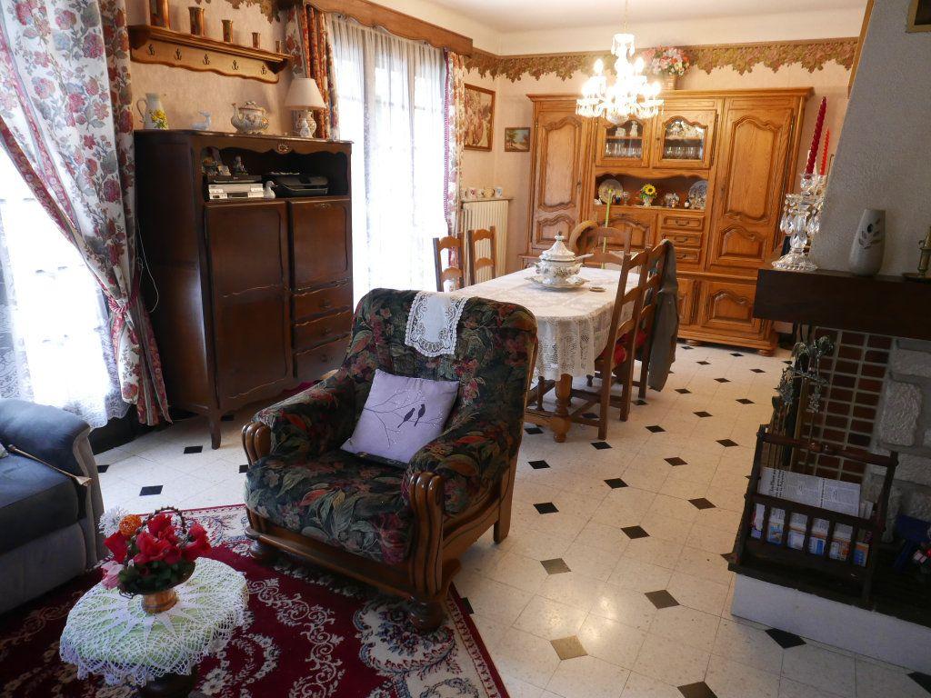 Maison à vendre 7 140m2 à Verdun vignette-5