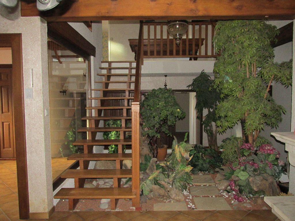 Maison à vendre 8 220m2 à Dugny-sur-Meuse vignette-3