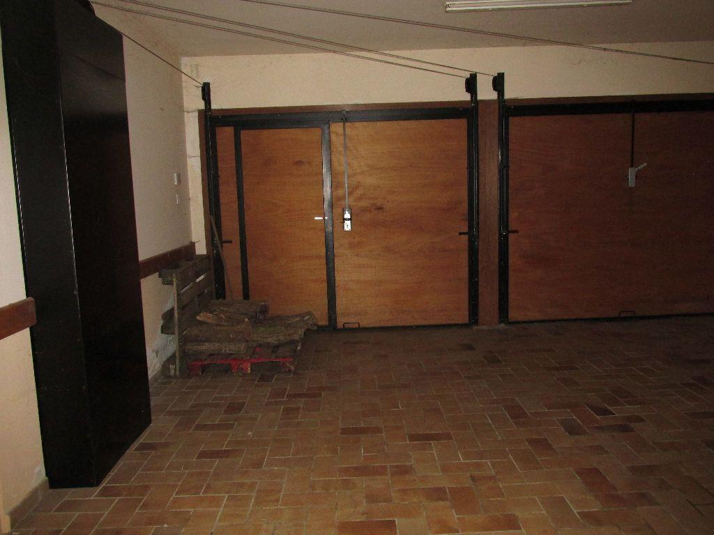 Maison à vendre 8 220m2 à Dugny-sur-Meuse vignette-7