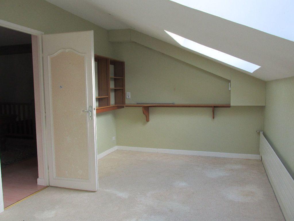 Maison à vendre 8 220m2 à Dugny-sur-Meuse vignette-9