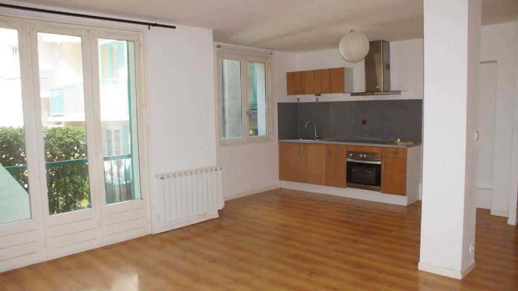 Appartement à vendre 6 108m2 à Verdun vignette-1