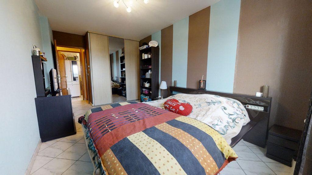 Maison à vendre 6 184m2 à Pouilly-sous-Charlieu vignette-6