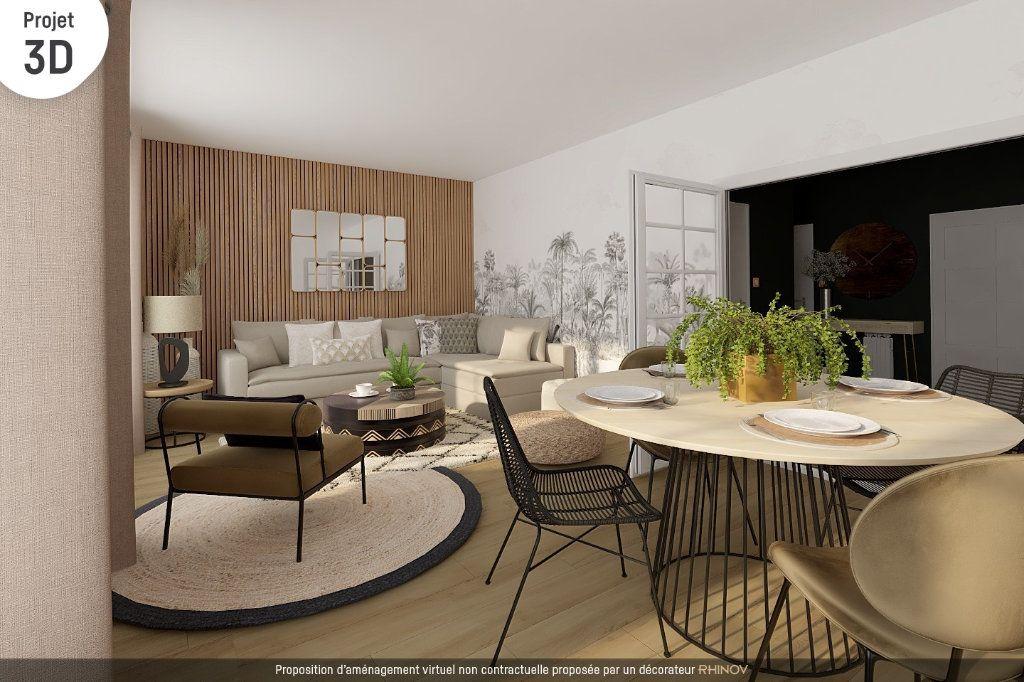 Appartement à vendre 4 90.75m2 à Roanne vignette-1